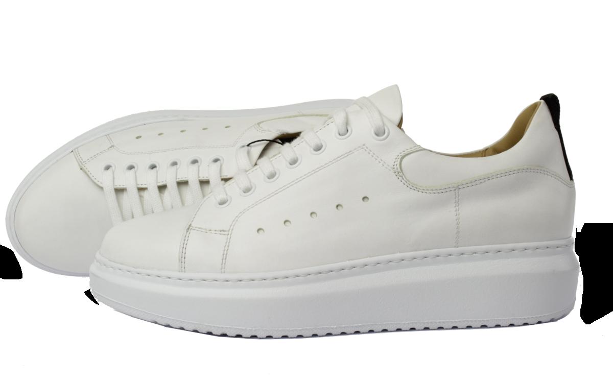 witte veter sneaker met trendy zool van Linkkens