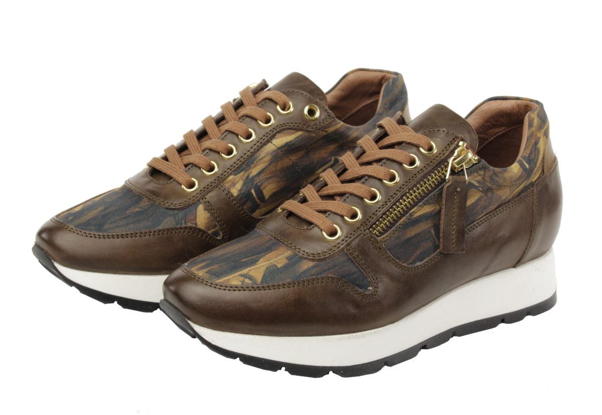 bruine art sneaker Marcel duchamp van Linkkens.